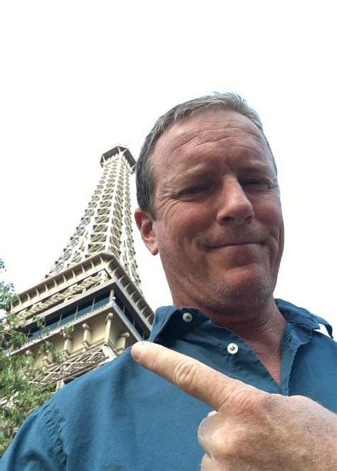 Linden Ashby Height, Weight, Age, Body Statistics