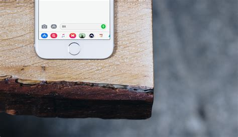 How to Use the New iMessage App Drawer in iOS 11
