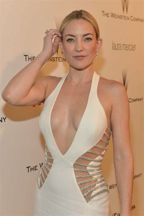 Kate Hudson Sizzling Hot Images, Sexy Bikini Picture