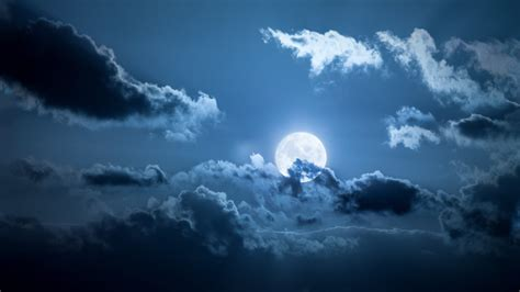 See 13 Full Moons, 2 Supermoons, A Blue Moon In 2020